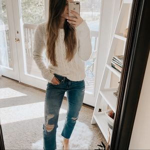 Gap White Chunky Cable Knit Pullover Sweater